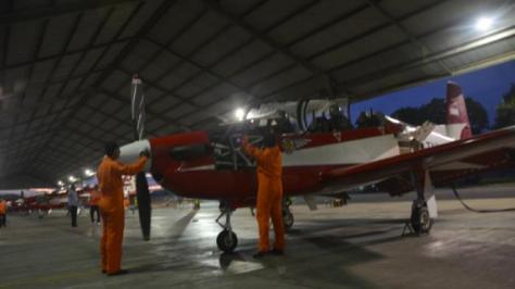 KT Wong Bee latihan terbang malam (Istimewa)