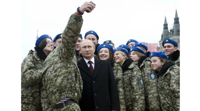 Tentara Rusia Dilarang Unggah Foto 'Selfie' ke Media Sosial