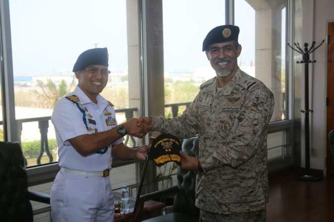 Wakil Panglima Armada Barat Saudi Arabia Terima Kunjungan Komandan KRI Bung Tomo-357