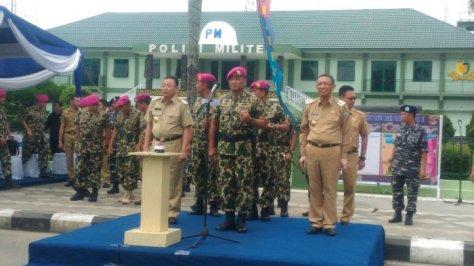 Komandan Koprs Marinir (Dankormar) Mayjen TNI (Mar) Bambang Suswantono menjadi inspektur upacara peresmian Batalyon Marinir Pertahanan Pangkalan (Yonmarhanlan) XII Pontianak pada Selasa