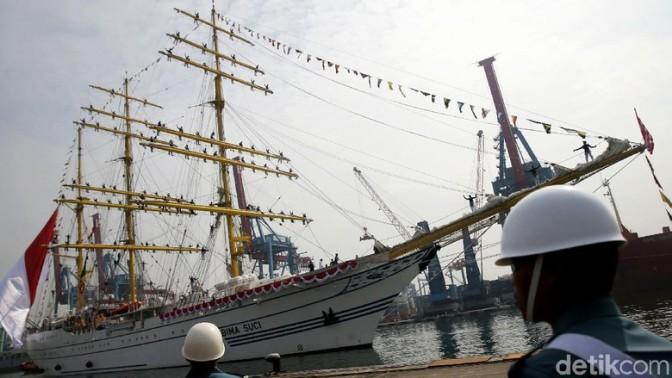 KRI Bima Suci TNI AL Tiba di Jakarta