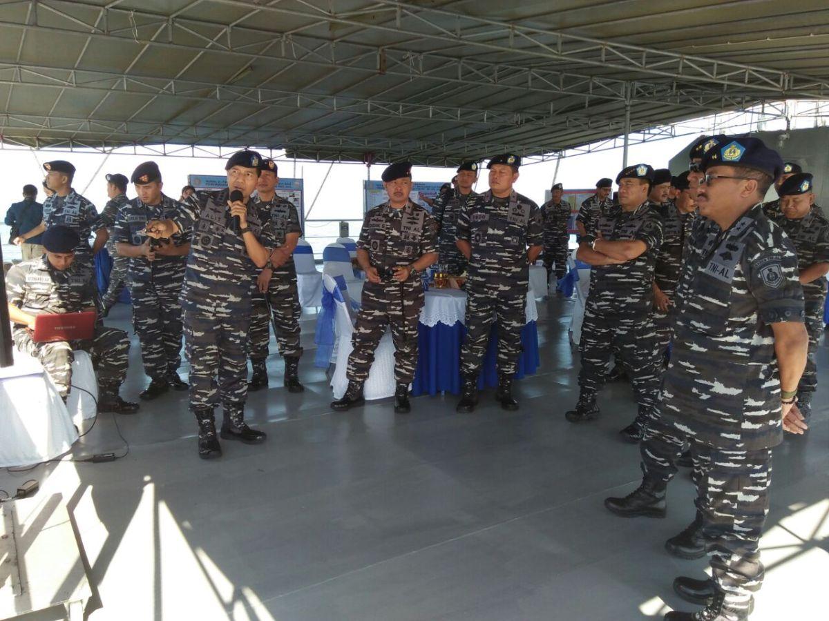 KRI Teluk Bintuni - 520, Kapal Markas Dalam Uji Coba Peluncuran Rudal TNI AL