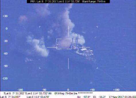 Penembakan rudal C-705 oleh KRI Kujang-642 dan KRI Clurit-641 serta Penembakan Torpedo SUT Kepala Perang oleh KRI Nanggala-402. (Pen TNI AL) 2
