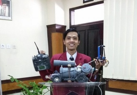 Robot Kapal Selam - Muhammad Syukron (Radar Malang) E
