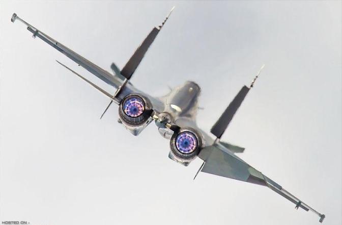 Manuver Su-30 Sebabkan Poseidon Berbalik 15 Derajat dan Mengalami Turbulensi