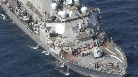 USS Fitzgerald kembali mendapatkan kerusakan setelah terlibat dalam kecelakaan di lepas pantai Jepang. (Reuters)