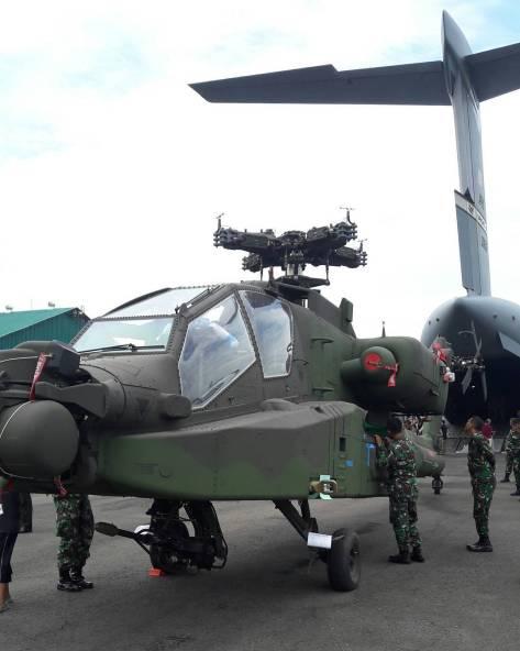 AH-64 Apache Tiba di Indonesia (18122017). (al_farisy_hanif) 1