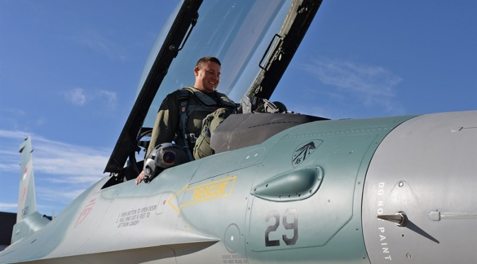 Harris Mengincar Pasar F-16 Asia untuk Penjualan EW