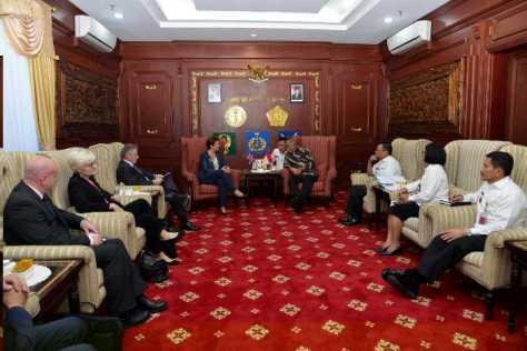 Menhan RI Terima Kunjungan Senior Excecutive Vice Presiden Internasional Thales. (Kemhan)
