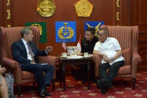 Regional Director, Southeast Asia Lockheed Martin David Jensen, Kamis (0812) saat diterima Menteri Pertahanan Republik Indonesia Ryamizard Ryacudu di kantor Kemhan, Jakarta.
