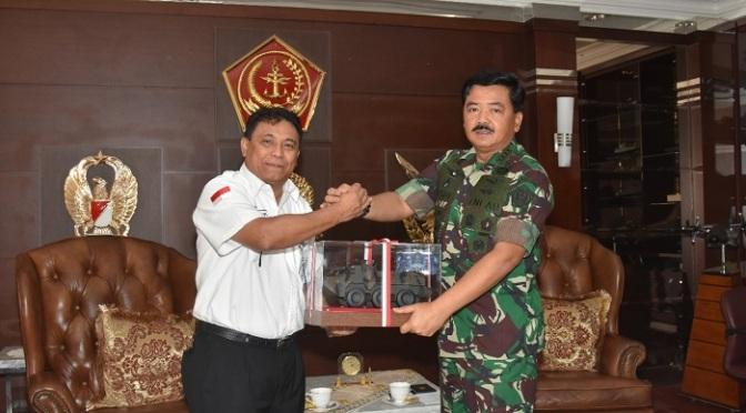 Pindad Silaturahmi Ke Panglima TNI