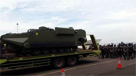 Arisgator arrives at Tanjung Priok Car Terminal (24012018) (Defence.pk) 2