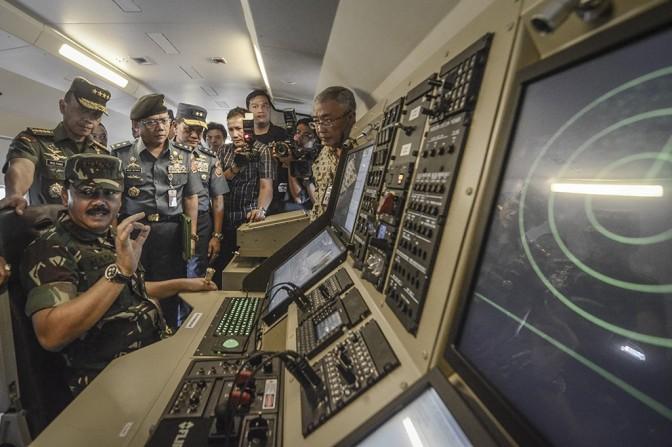 Fitur Pesawat CN235-220 MPA TNI AL