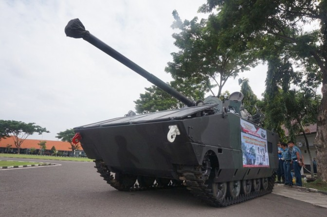 Tank Tanpa Awak Hasil Inovasi Lulusan STTAL