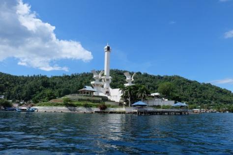Tugu Trikora di Pulau Lembeh, Bitung, monumen penghormatan untuk mengenang peristiwa heroik Trikora. (Cerita Eka)