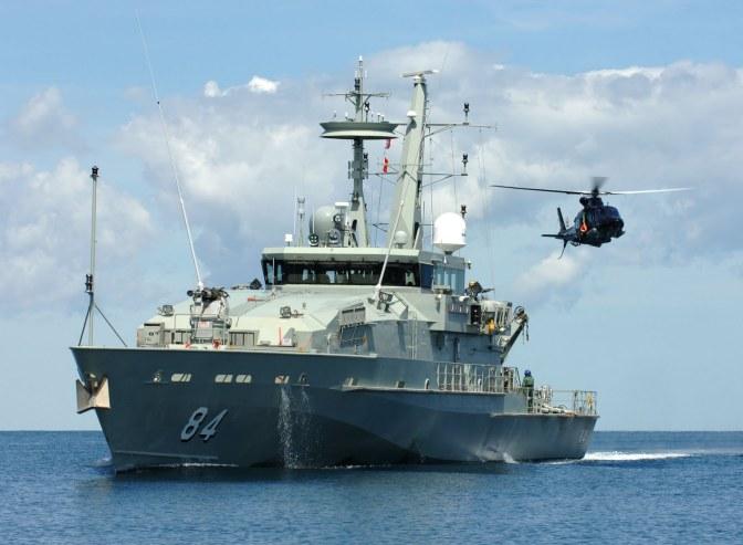 Lantamal III Sambut Kedatangan HMAS LARRAKIA ACPB 84