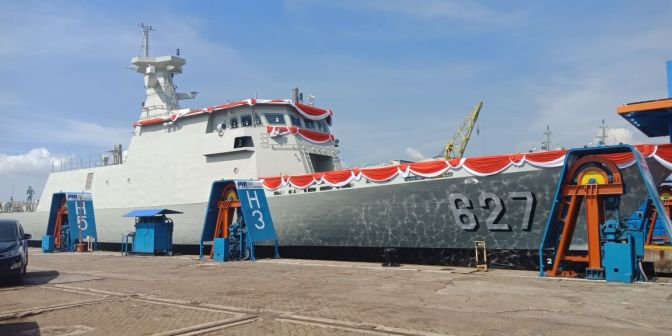 Peluncuran Kapal Cepat Rudal (KCR) 60 Meter batch kedua