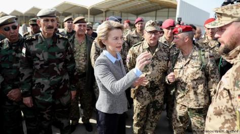 Menteri Pertahanan jerman Ursula von der Leyen di Erbil, Irak (Februari 2018). (dpa)