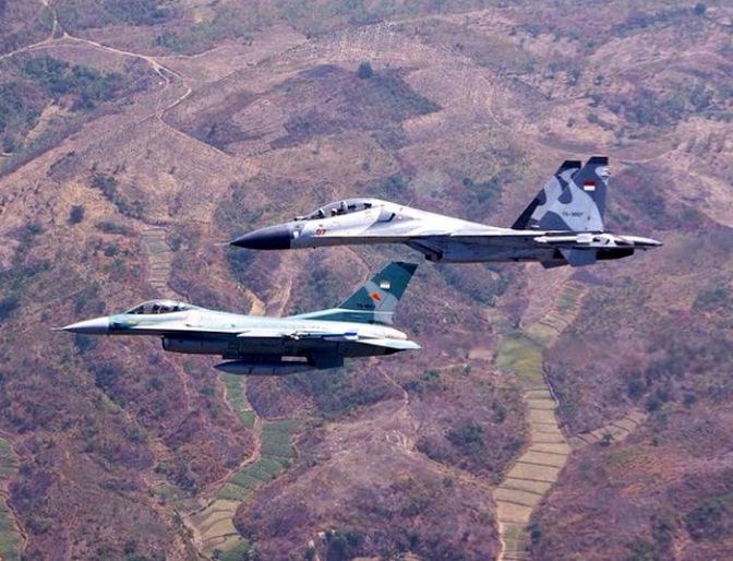 Beda Jet Tempur Rusia dan Amerika Serikat Milik TNI AU