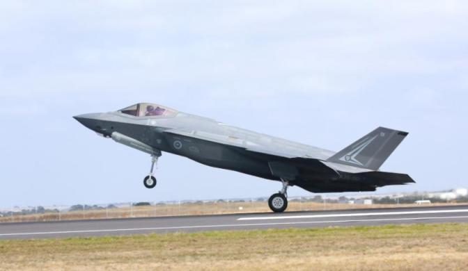 Debat F-35 Versus Jet Tempur Rusia di Australia