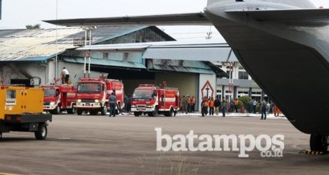 Gudang Lanudal Tanjungpinang Terbakar