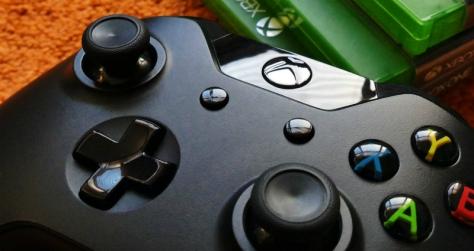 Kontroler Xbox 360 (Pexels)