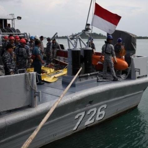 Satuan Kapal Ranjau (Satran) Koarmabar melaksanakan latihan Penyapuan Ranjau